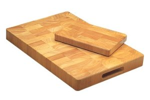 Wooden food-grade chopping boards