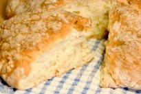 Quick and easy soda bread