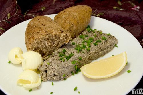 Mushroom and hazelnut pâté